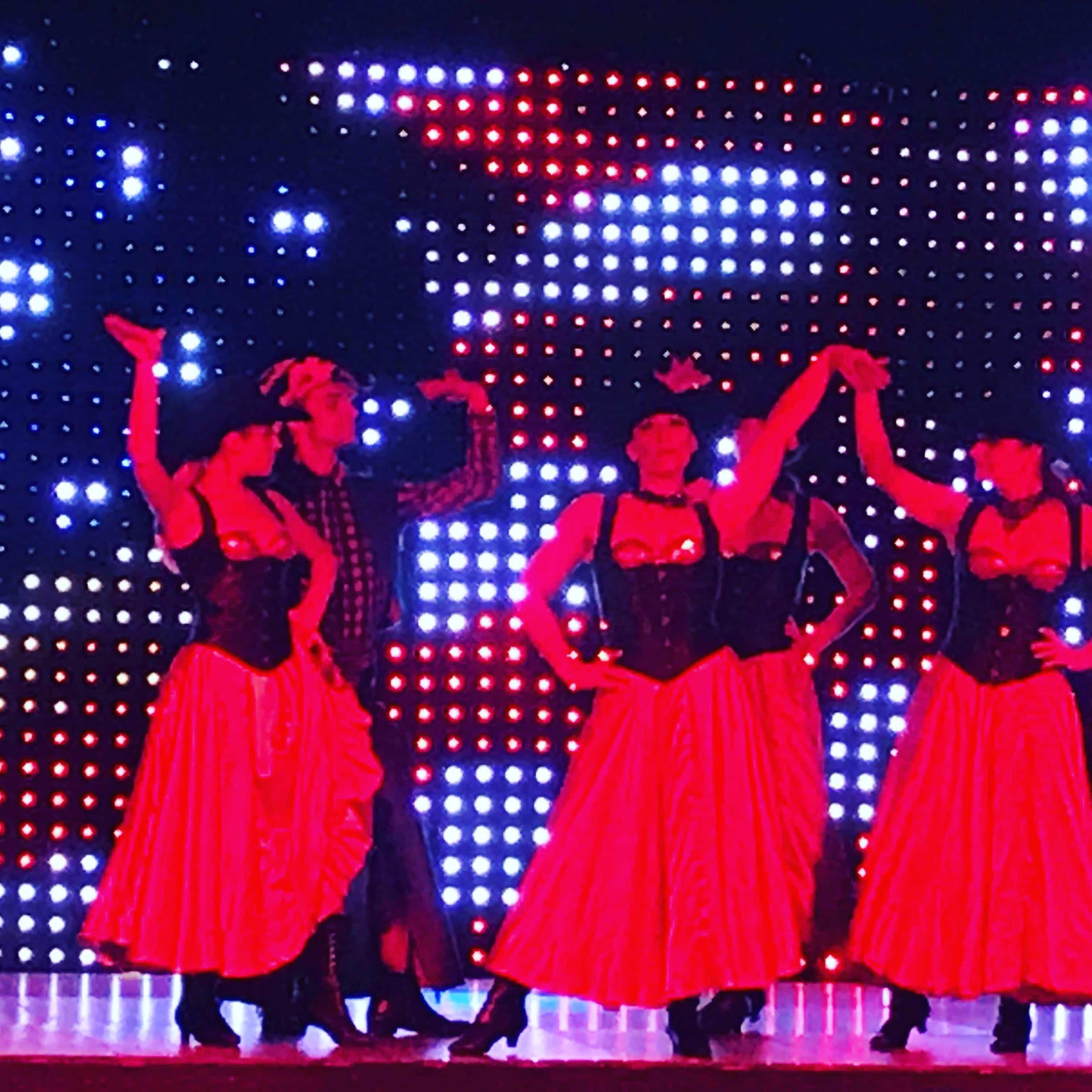 Cabaret diner spectacle Var